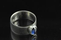 18ct White gold and Blue Sapphite wide band Ring